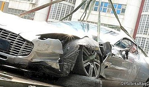 Aston Martin One-77 Crash di Hong Kong