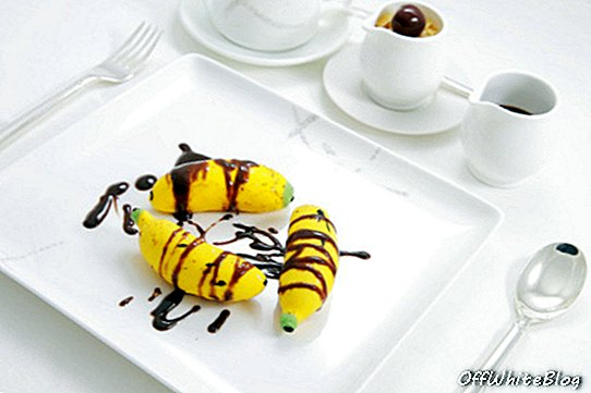 cathay pacific first class banana split
