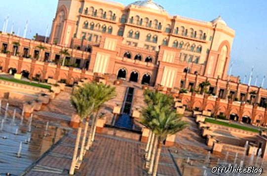 Choinka Emirates Palace